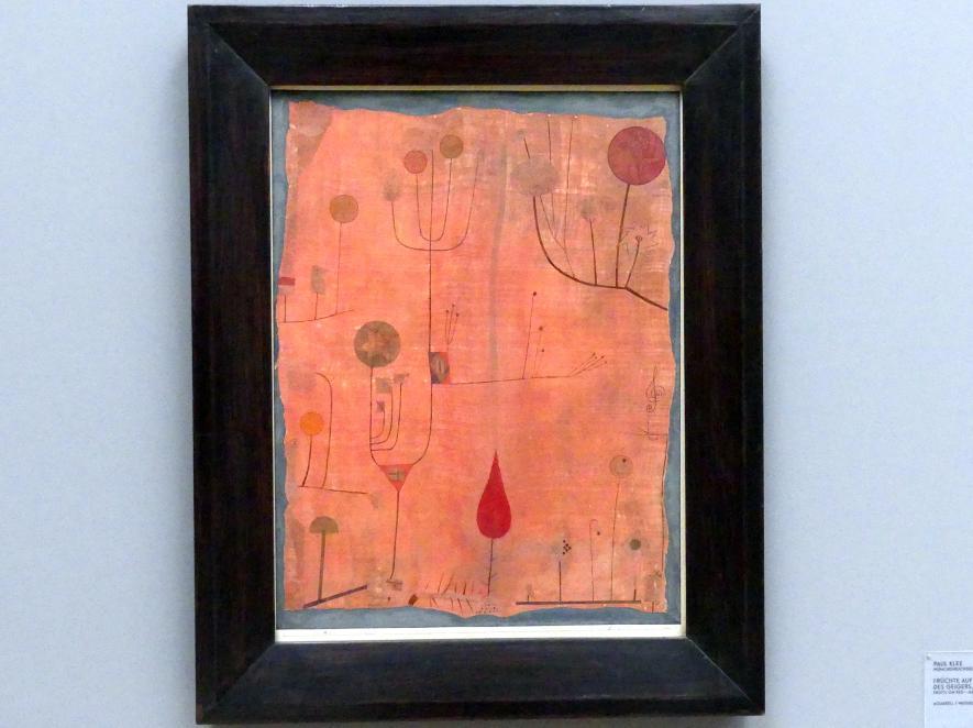 Paul Klee: Früchte auf Rot - Schweisstuch des Geigers, 1930