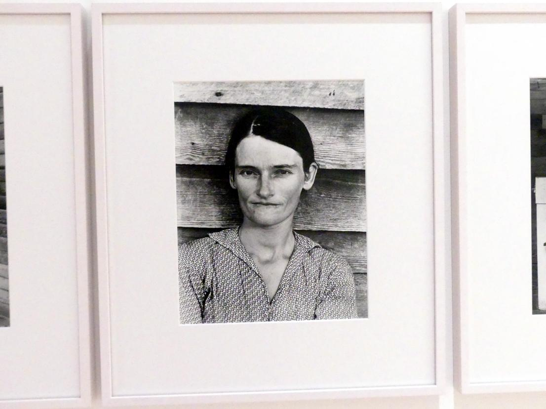 Walker Evans: Allie Mae Burroughs, Hale County (Alabama), 1936