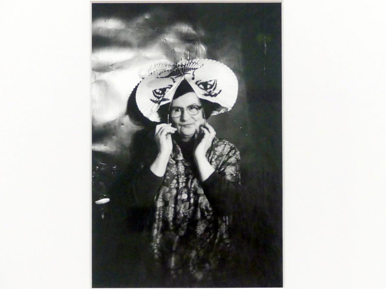 Helga Paris: Frau Güntherberg, 1982