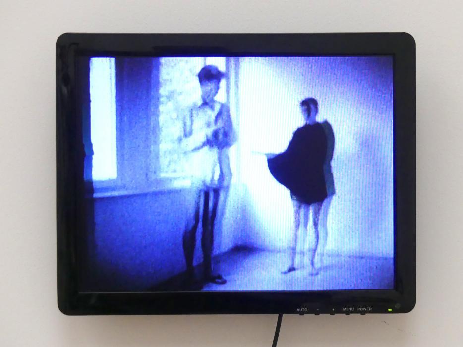 Isa Genzken: Zwei Frauen im Gefecht, 1974