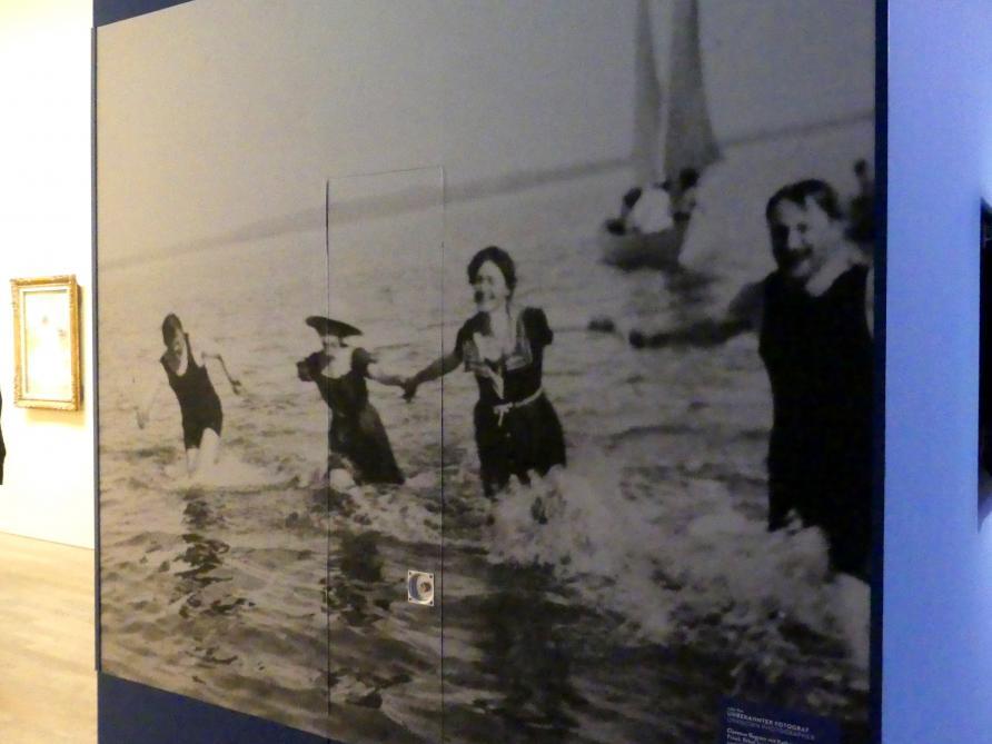 Clarence Gagnon mit Kathrine Irwin (seine Frau), Ethel Irwin (Schwester seiner Frau) und Willford Gagnon (sein Bruder) in der Bretagne, Undatiert