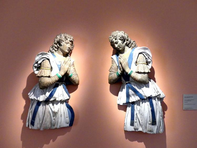 Andrea della Robbia (Werkstatt): Zwei Anbetungsengel, um 1510