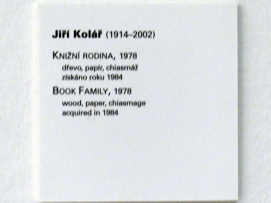 Jiří Kolář: Buchfamilie, 1978, Bild 4/4