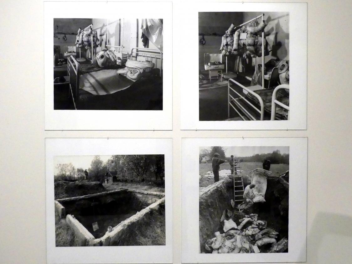 Zdeněk Beran: Rehabilitationsstation von Dr. Dr., 1970 - 1971, Bild 1/10