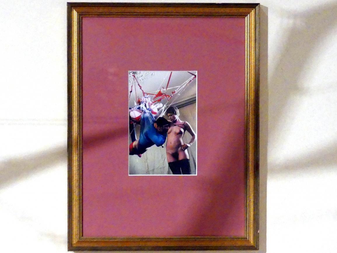 Madeleine Berkhemer: Ohne Titel (M. B. fotografiert von Roy Stuart, Paris), 2000