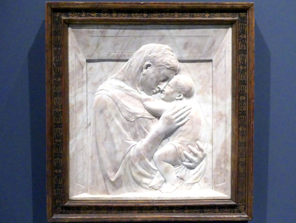 Donatello: Madonna mit Kind, gen. Pazzi Madonna, um 1420