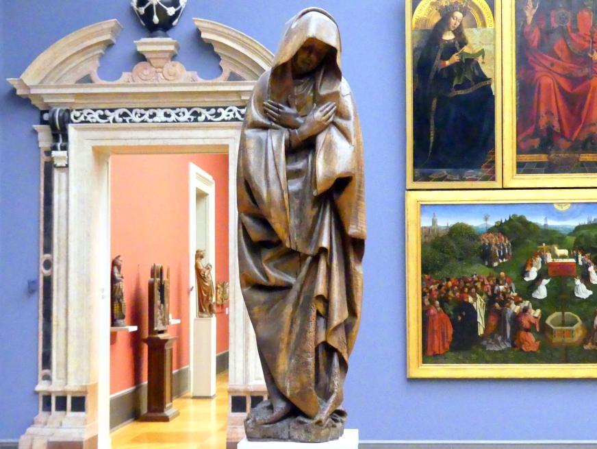 Trauernde Maria aus einer Kreuzigung Christi, um 1420 - 1430