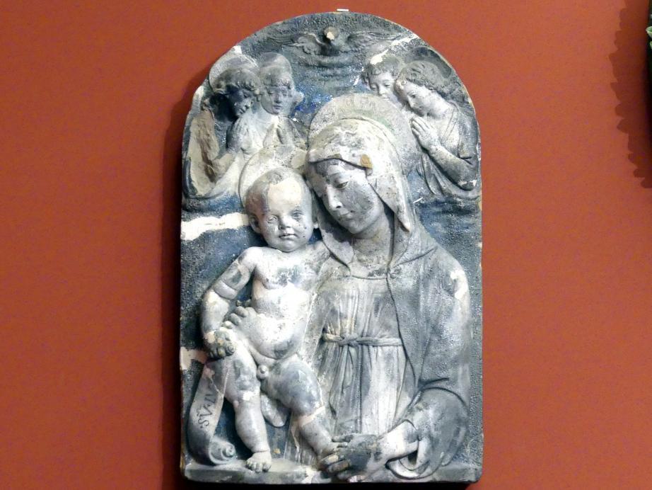 Andrea della Robbia: Maria mit Kind und vier Engeln, um 1480 - 1490