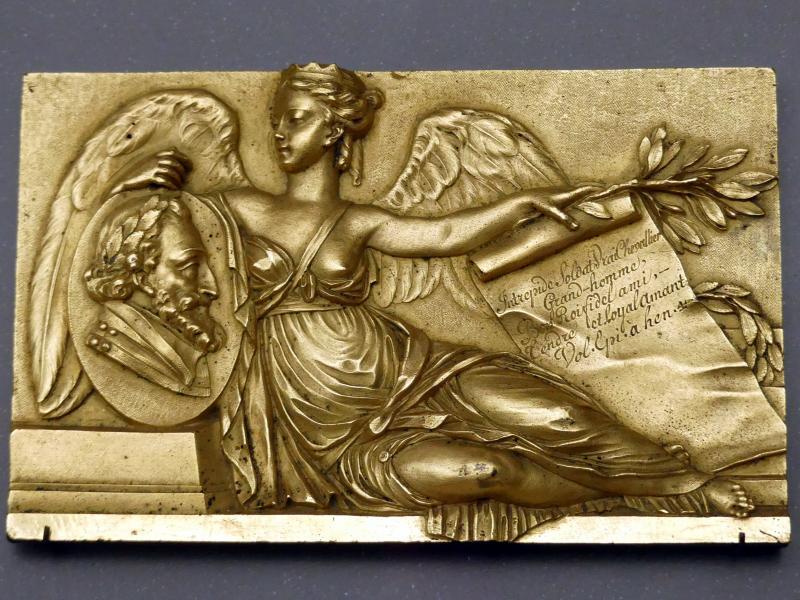 Augustin Pajou: Viktoria mit dem Bildnismedaillon König Heinrichs IV. von Frankreich, um 1770 - 1780, Bild 1/2
