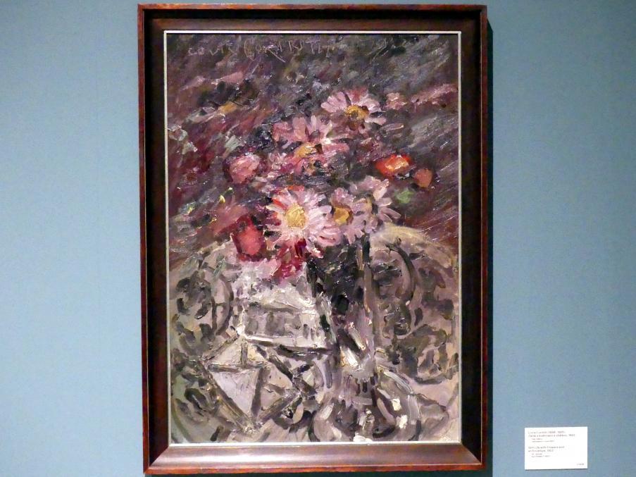 Lovis Corinth: Stillleben mit Blumen und Briefumschlag, 1922