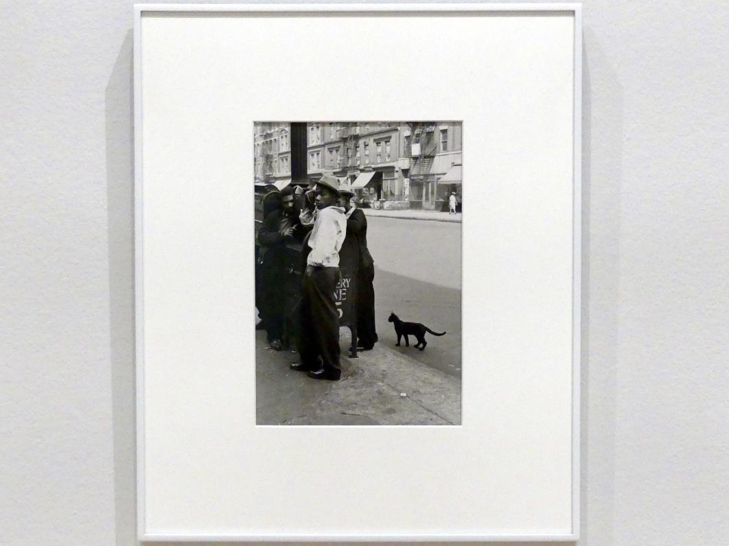 Helen Levitt: New York, um 1945