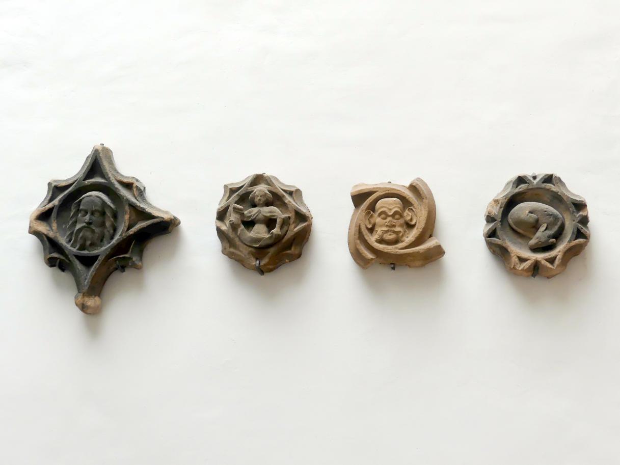 Vier Maßwerkmedaillons, um 1360